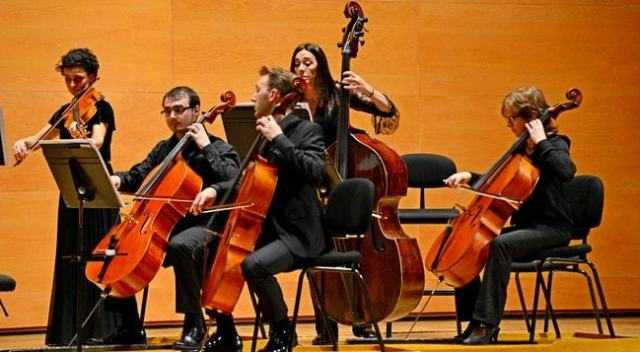 Contoh, Sejarah, Unsur, Fungsi, Prinsip, Jenis Dan Pengertian Seni Musik Menurut Para Ahli