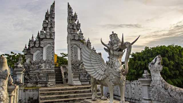 Masa Kejayaan, Perkembangan Sistem Pemerintahan Raja, Sejarah Kerajaan Kutai