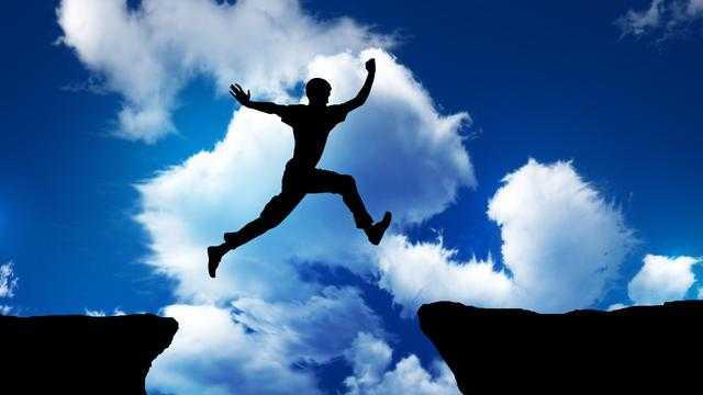 Pengertian percaya diri adalah - ciri karakteristik dan manfaat percaya diri menurut para ahli
