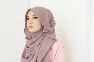 Begini, Tips Memakai Hijab Pashmina Paling Sederhana