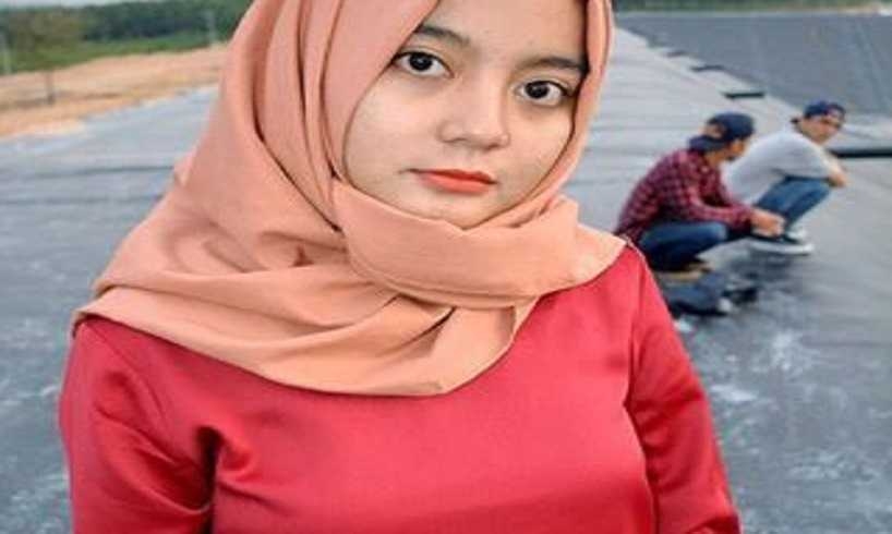 Cara Memakai Model Hijab Pashmina Ala Zoya Untuk Ke Kantor