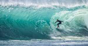 Tempat wisata Spot Surfing Terbaik Di Kepulauan Mentawai
