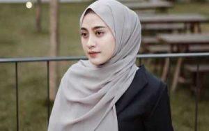 Tips Cara Memakai Hijab Sesuai Syar'i Simple