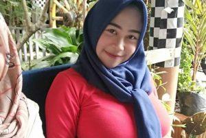 Tutorial Hijab Untuk Anak Sekolah dan Perpisahan Sekolah