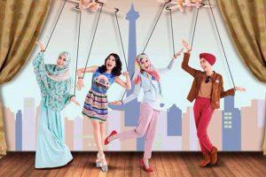 3 Model Hijab Cantik Ala Carissa Putri Dalam Film Hijab