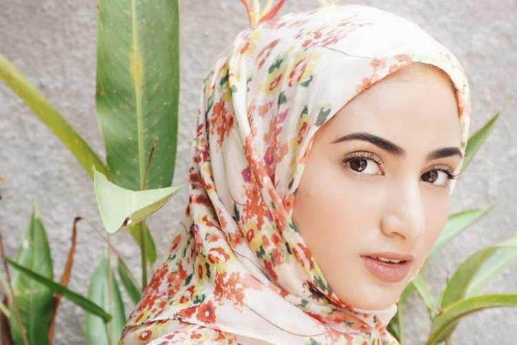 Cara Berpakaian Muslimah Sesuai Syariat Islam