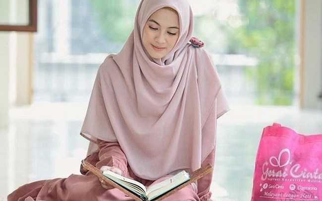 Cara Memakai Jibab Yang Benar Menurut Ajaran Islam