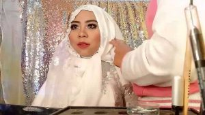 Model Jilbab Syar'i Pengantin Untuk Wajah Bulat