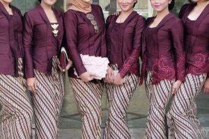 Trend Model Baju Gamis Batik Kombinasi Brokat Terbaru