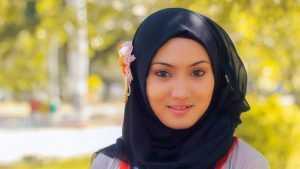 Tutorial Hijab Paris Simple Untuk Acara Santai Sehari Hari