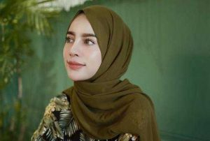 Tutorial Hijab Pashmina Tanpa Ciput Ninja Untuk Wajah Bulat