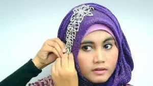 Tutorial Hijab Pesta Memakai Bandul, Simpel Tapi Cantik