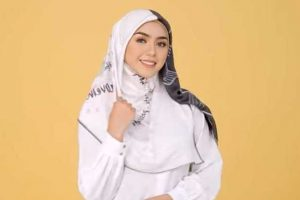 Tutorial hijab acara resmi